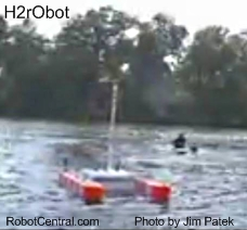 H2rObot On Water
